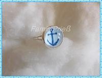 Ring mit kleinem Ankermotiv in hellblau